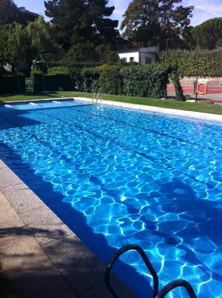 Foto mantenmiento piscina de verano con socorrista de sport advanced sl 747470 habitissimo - Socorrista de piscina ...