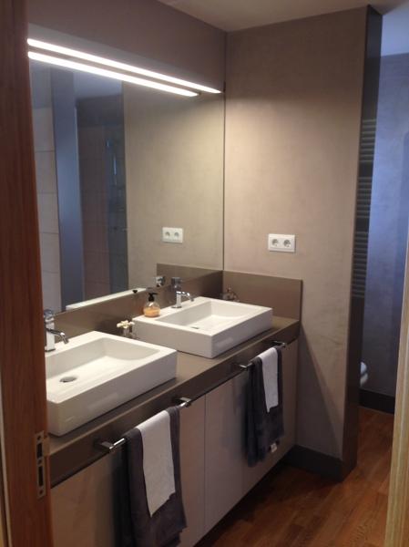 Foto mueble de dos lavabos de shaco mocuba 952270 - Lavabos dos senos ...