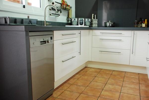 Foto muebles bajos cocina de manu marti instalador de - Muebles de cocina albacete ...