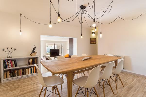 Foto muebles modernos para un comedor moderno de 314bcn for Comedor moderno pequea o