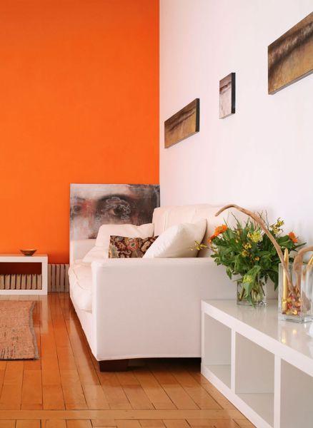 naranja en pared