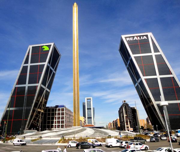 obelisco-plaza-castilla