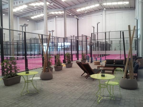Foto padel indoor 1800 m2 san sebasti n de los reyes for Padel san sebastian de los reyes