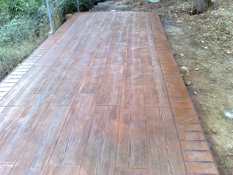 Foto pavimento impreso tipo madera de pavimentosjordi for Pavimento de hormigon tarragona