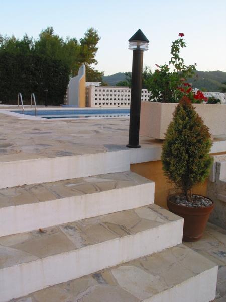 Foto pavimento solnhofen en escalera de solnhofen piedra for Pavimento piedra natural