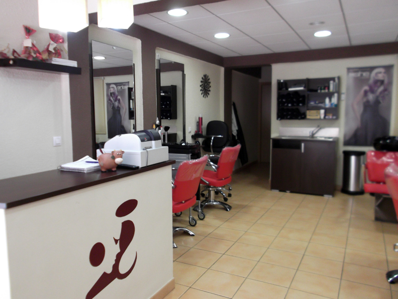 Foto peluqueria unisex de reformas doce 308980 habitissimo - Esteticas decoracion interiores ...