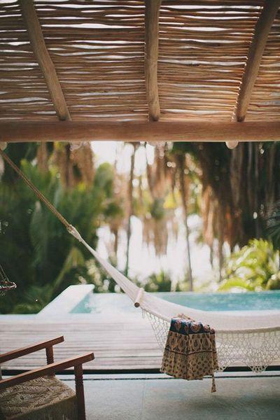 Foto hamaca piscina de anna gaya 899586 habitissimo for Hamacas de piscina