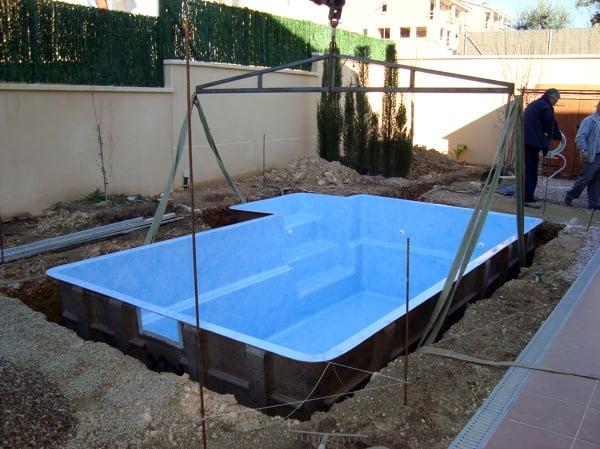 Foto piscina fibra de aiguanet 450967 habitissimo for Precio piscina obra