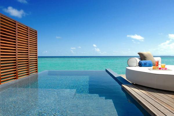 Foto piscina frente al mar de loxone 906620 habitissimo for Piscina vilassar de mar