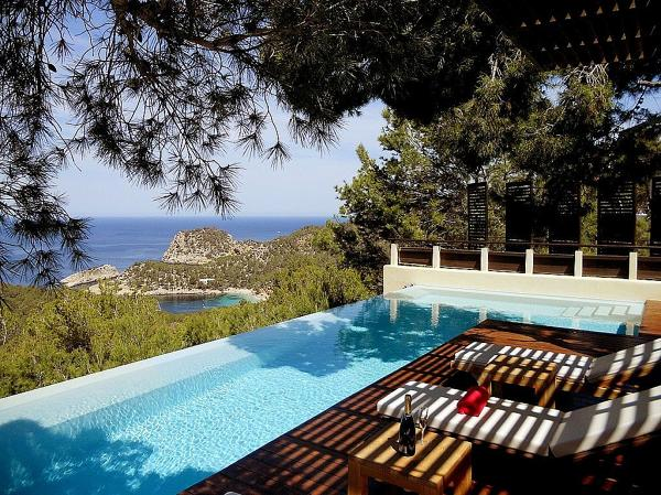 Foto piscina infinita de anna gaya 1157419 habitissimo for Piscina infinita construccion