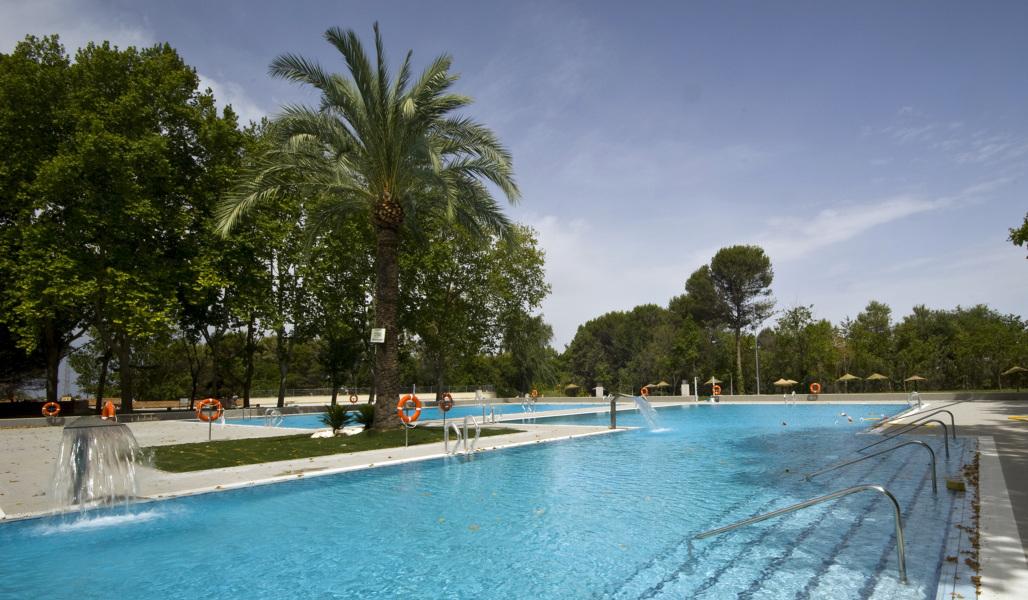 Foto piscina municipal montilla c rdoba de aryon for Piscina municipal avila