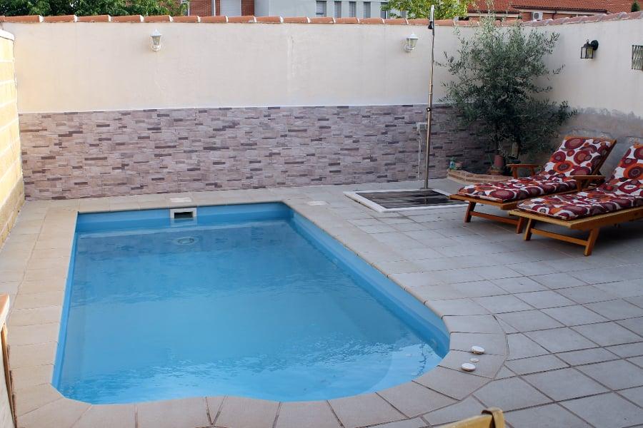 Foto piscina prefabricada meco 2 de piscinas j c for Guia mantenimiento piscinas