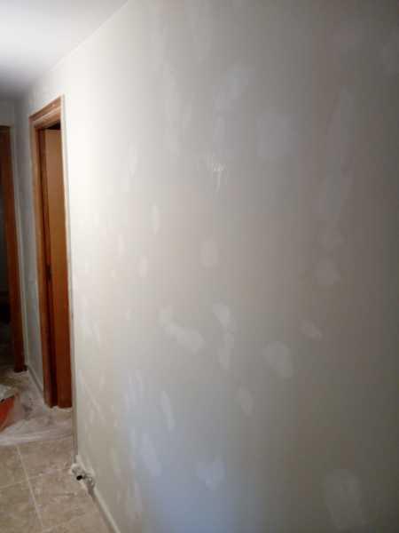 Preparación paredes para pintar, enmasillado final