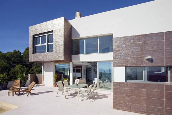 Foto proyecto de vivienda unifamiliar de arquitecto for Porche casa moderna