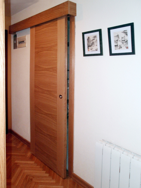 Foto puerta corredera en roble de mega s l 149967 - Puerta corrediza para bano ...