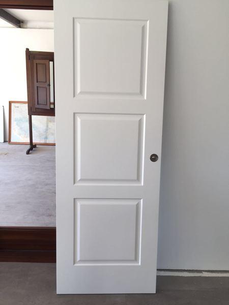 Foto puerta lacada blanco 3 cuadros de bordon 1112274 - Puertas de paso lacadas en blanco ...