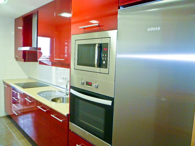 Foto reforma cocina legan s de dereformas reformas en for Muebles de cocina zamora