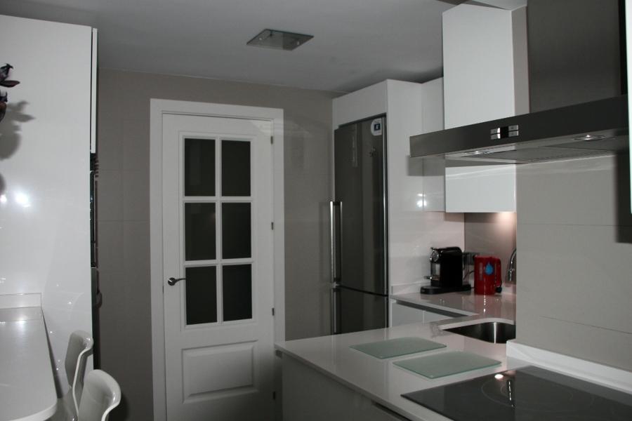 Foto reforma cocina madrid de artika interiores 341258 for Muebles industriales madrid