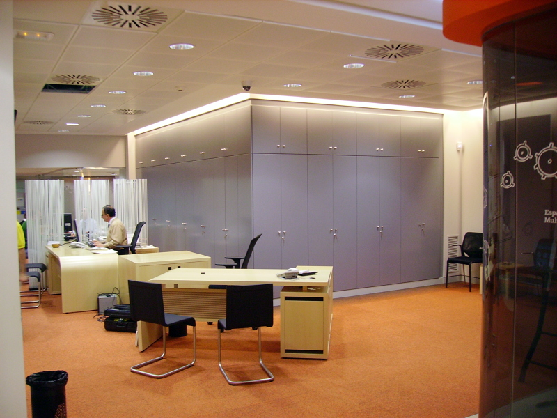 foto reforma de oficina bancaria de acima 343159