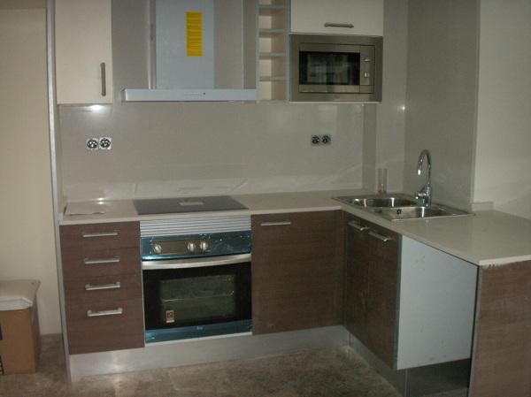 Foto reforma integral de cocina de construcciones pimmax for Habitissimo cocinas