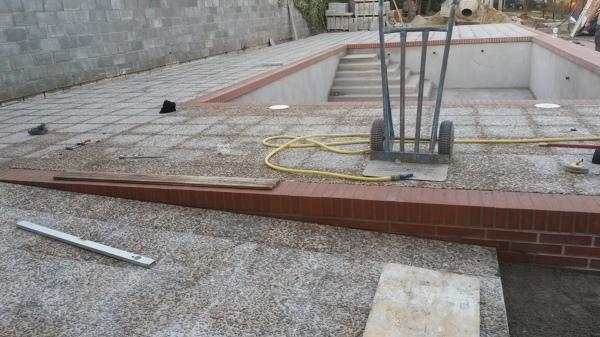 Foto rehabilitacion piscina calle fortuny azuqueca de for Piscina azuqueca de henares