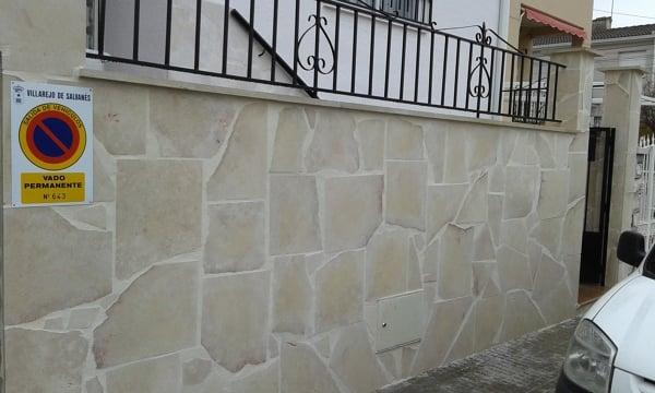 Foto revestimiento muro exterior de reparaciones del - Muro exterior casa ...