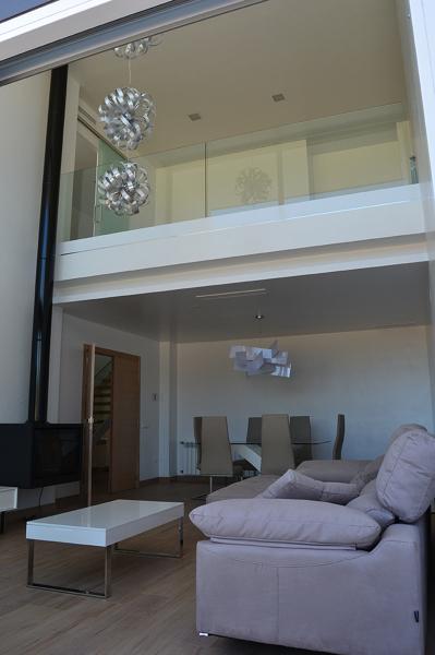 Foto sal n comedor con estudio a doble altura de ivan - Salon doble altura ...
