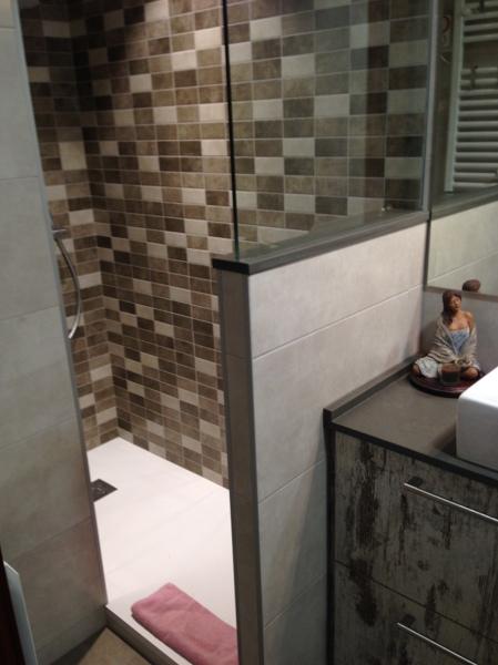 Foto sin mampara con muro cristal de shaco mocuba for Muro cristal