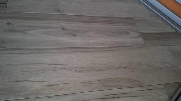 Foto soleria imitacion madera de construcciones juan galea 1132174 habitissimo - Soleria imitacion madera ...