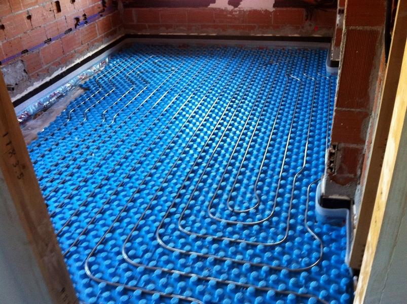 Foto suelo radiante refrescante de linea blanca 223307 habitissimo - Precio de suelo radiante ...