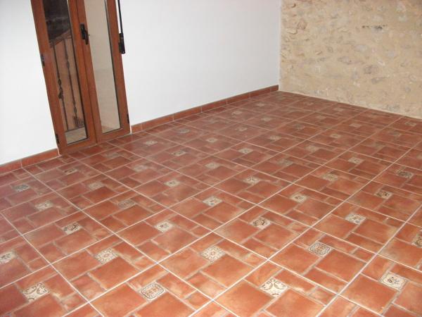 Foto suelo r stico de construcciones y reformas garcia - Gres rustico para interiores ...