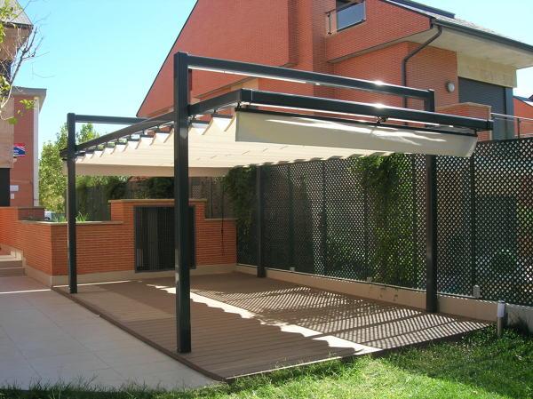 Foto toldo paliller a con estructura de pergola de 120 de for Estructura de toldo