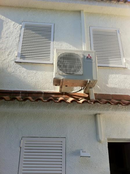 Foto unidad exterior 3x1 de baix clima s l tarragona 365248 habitissimo - Tapiceros tarragona ...