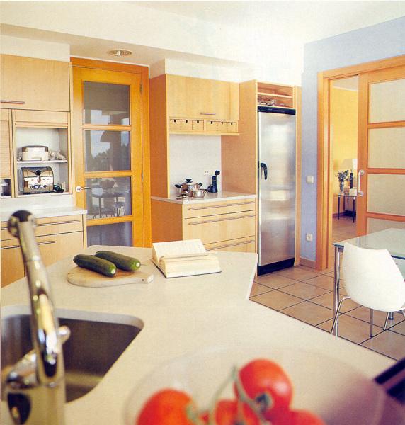 Foto unifamiliar en revista casa viva cocina de arqjm23 for Reloj cocina casa viva