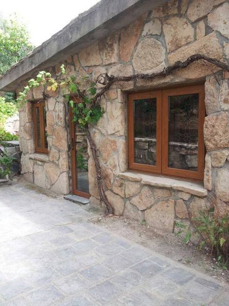 Foto ventanas de pvc imitaci n madera de sistemas gahm - Imitacion madera para fachadas ...