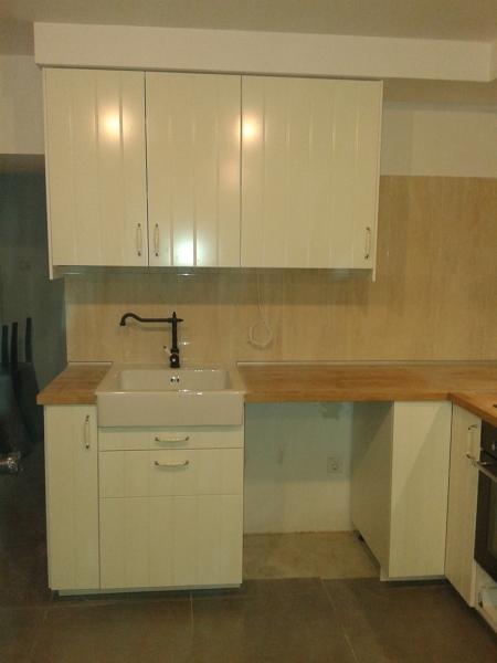 Foto vista 2 de montador de muebles 1022000 habitissimo for Montador de muebles