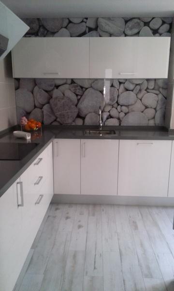 Vinilos suelos cocina - Cambiar cocina con vinilo ...