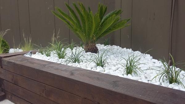 Foto zona jardinera lateral anexa de jardiart 1328075 - Jardineras prefabricadas ...