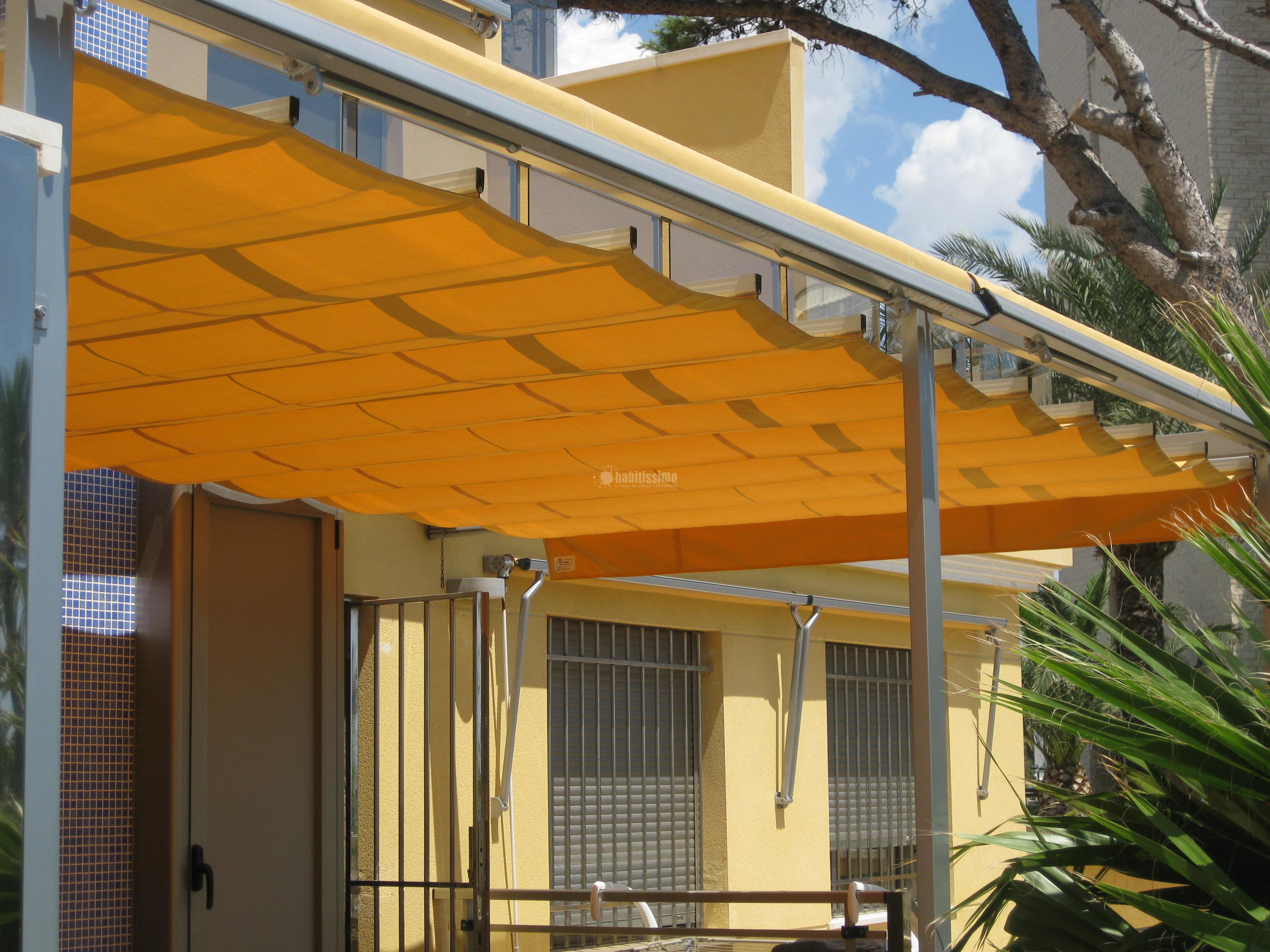 Precios de toldos de terraza dise os arquitect nicos for Toldos para balcones precios
