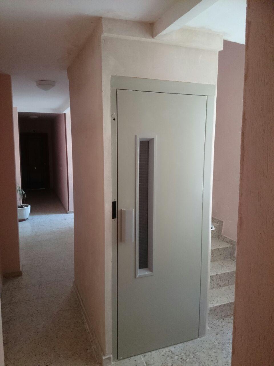 Instalaci n de ascensor en escalera de dimensiones - Precio instalacion ascensor ...
