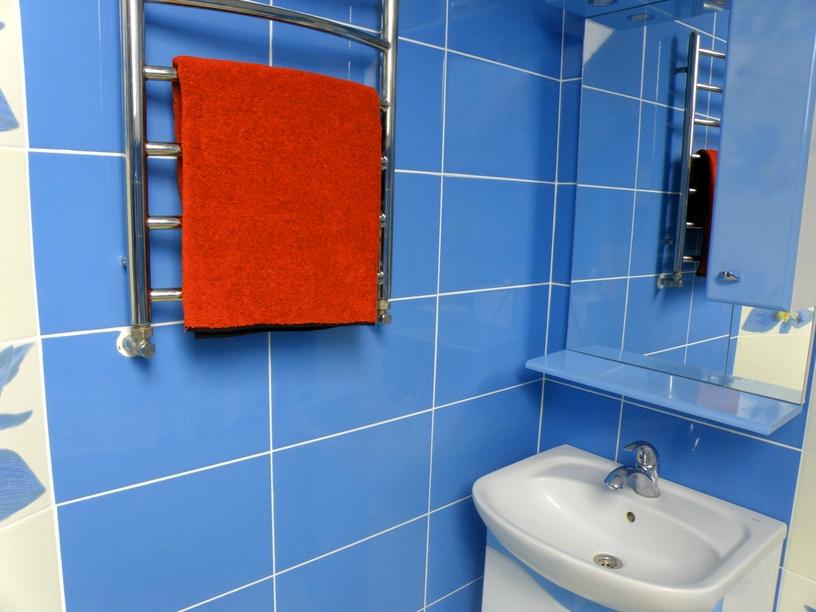 C mo colocar azulejos sobre otros ideas reformas viviendas - Como aplicar microcemento sobre azulejos ...