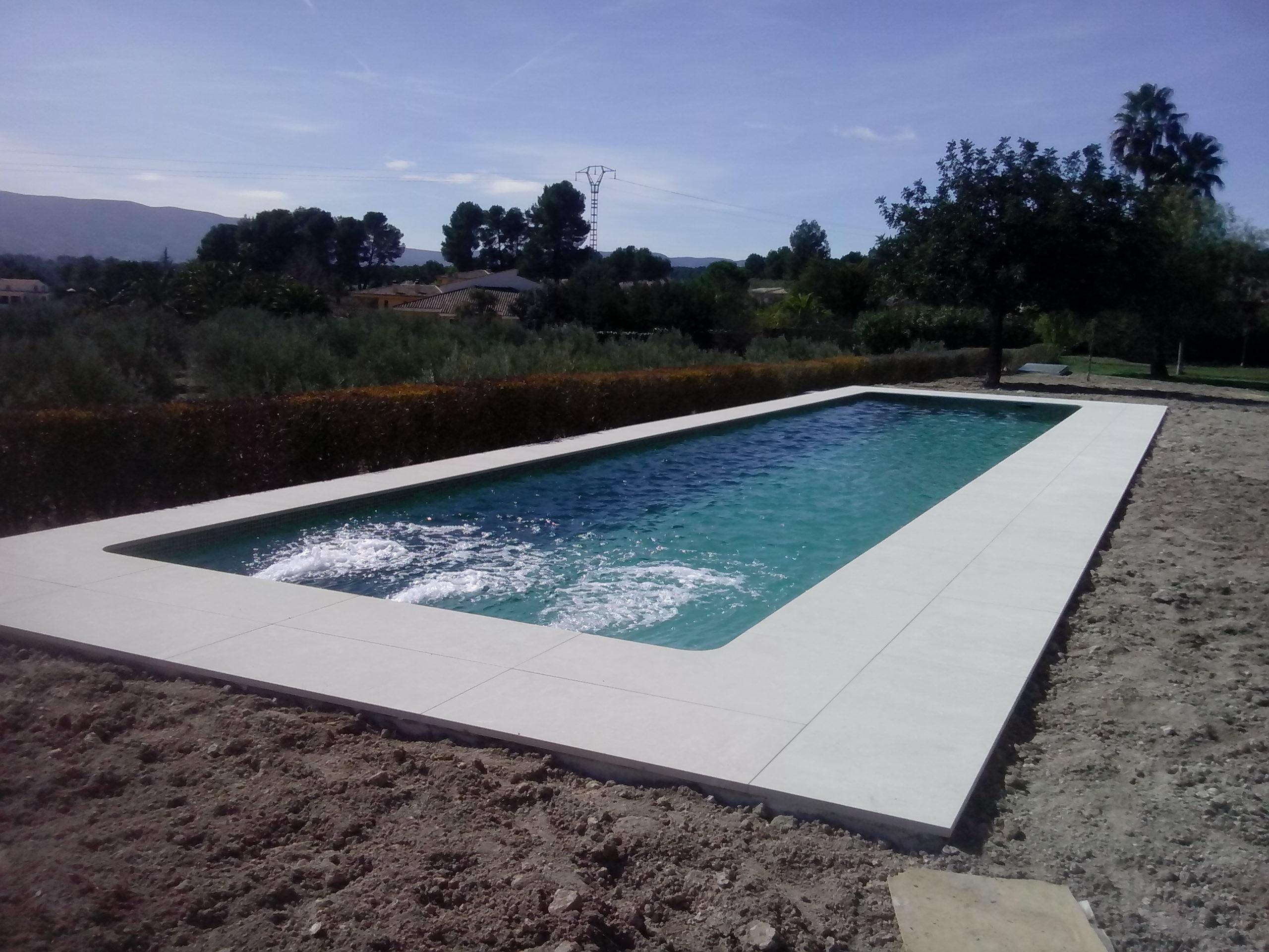 Piscina pou clar en ontinyent ideas construcci n piscinas for Piscina coberta ontinyent