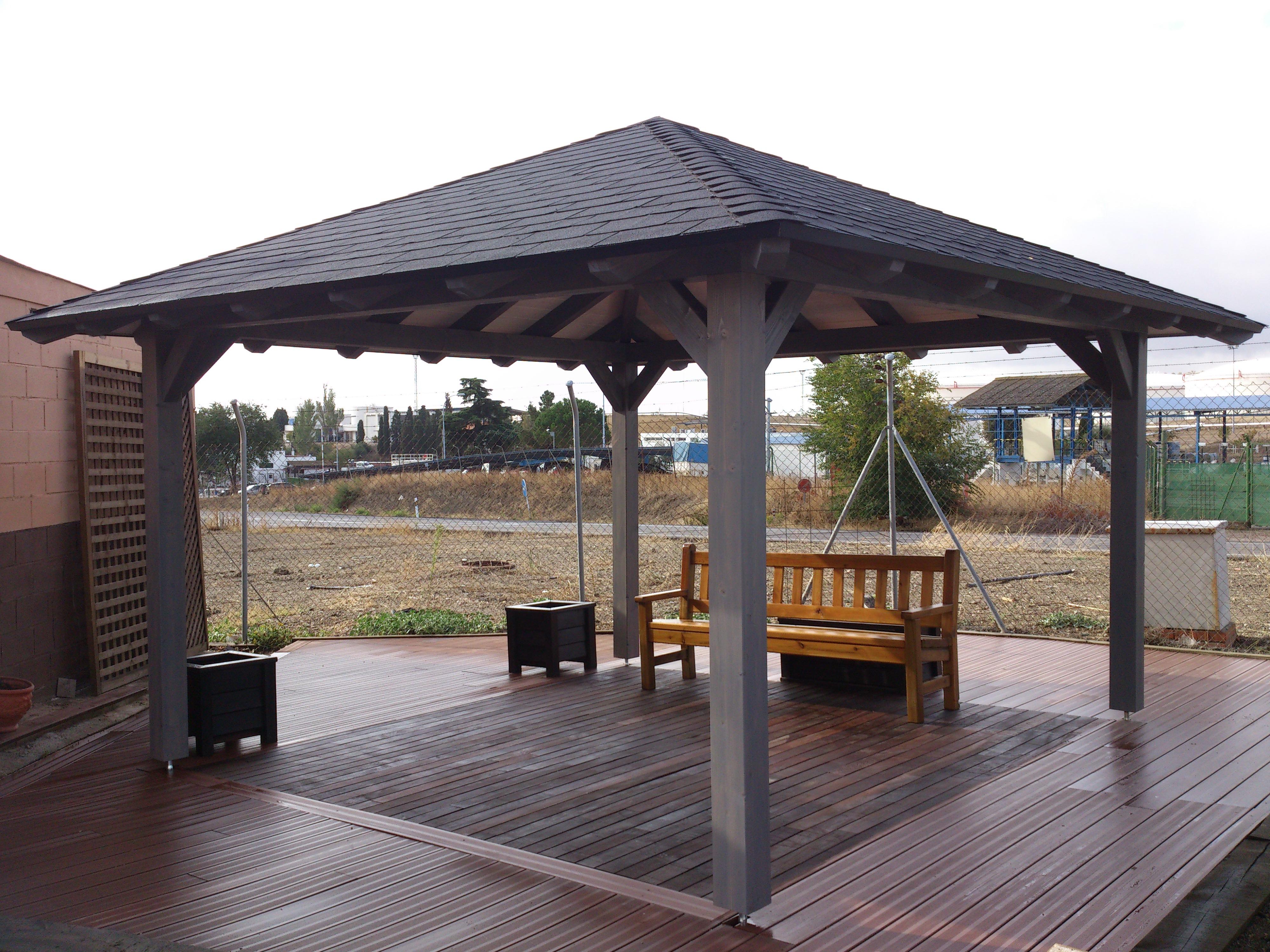 Cenador de madera proyectos construcci n casas for Cenadores de madera para jardin
