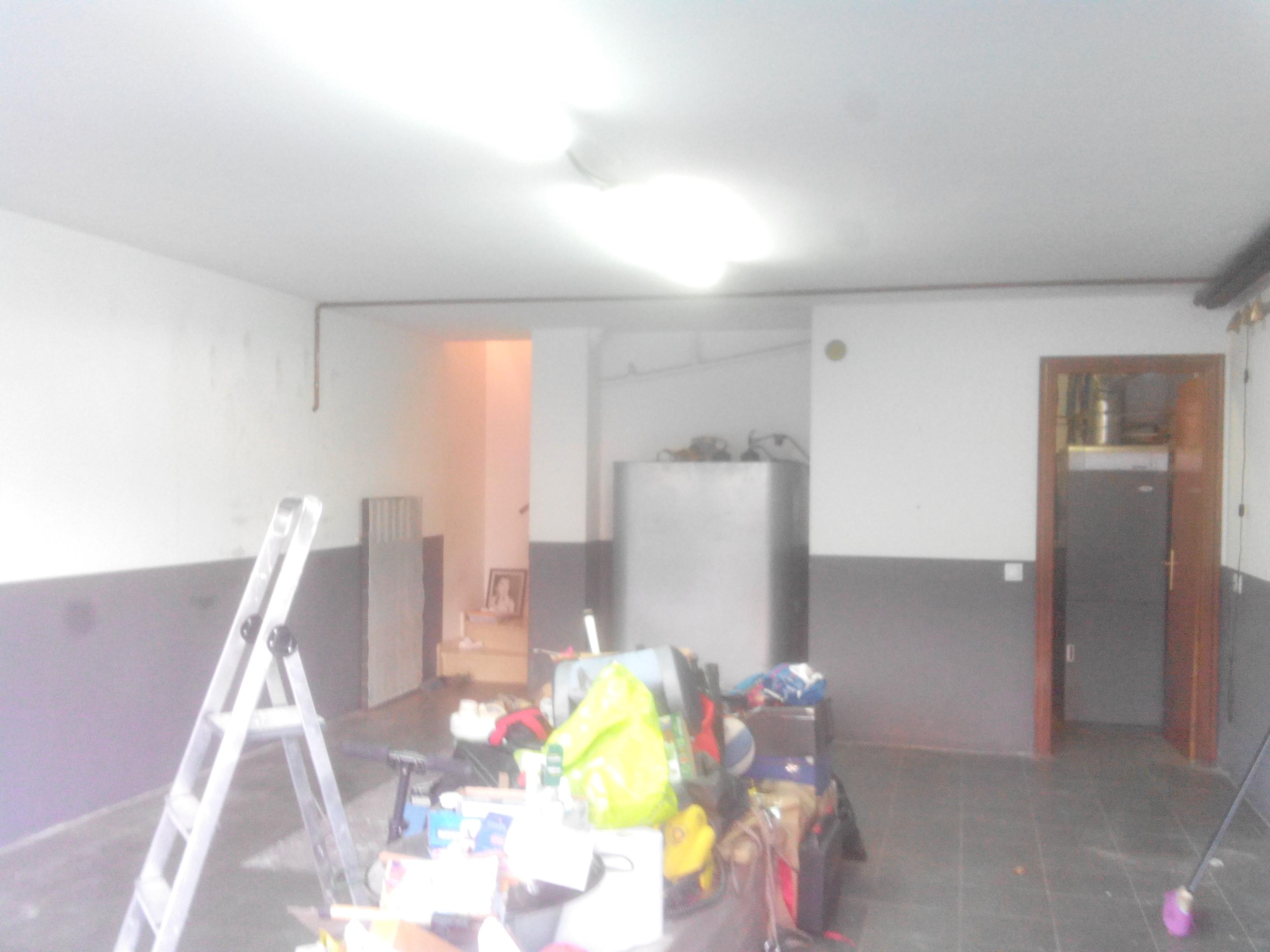 Pintado de garaje en dos colores ideas pintores for Garaje de ideas