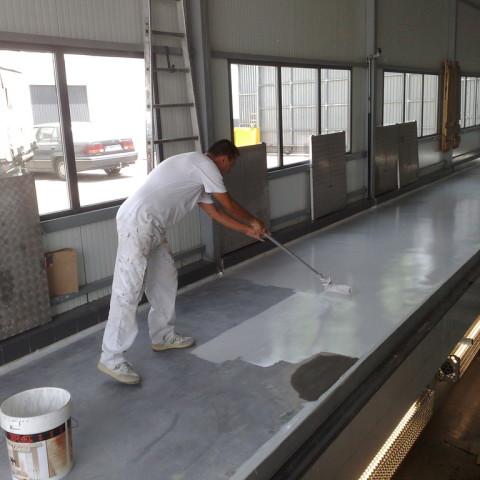 C mo pintar suelos de cemento ideas construcci n garajes - Pintura de suelo ...