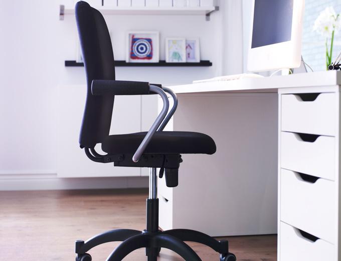 C mo tapizar una silla giratoria ideas reformas viviendas - Tapizar una silla ...
