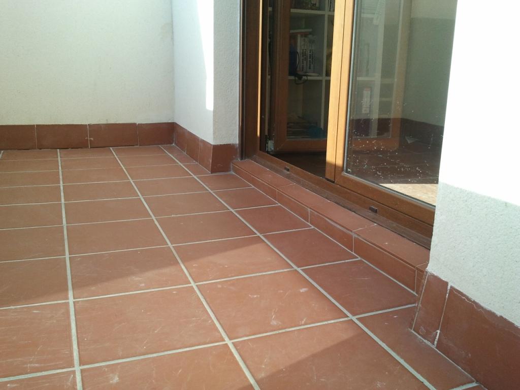 Los principales pavimentos cer micos para exteriores ideas reformas viviendas - Pavimentos para terrazas ...