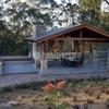 Construcción de una Caseta Polivalente en un Jardín