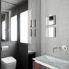 Baño con espejo a medida