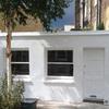 Casa blanca muy pequeña